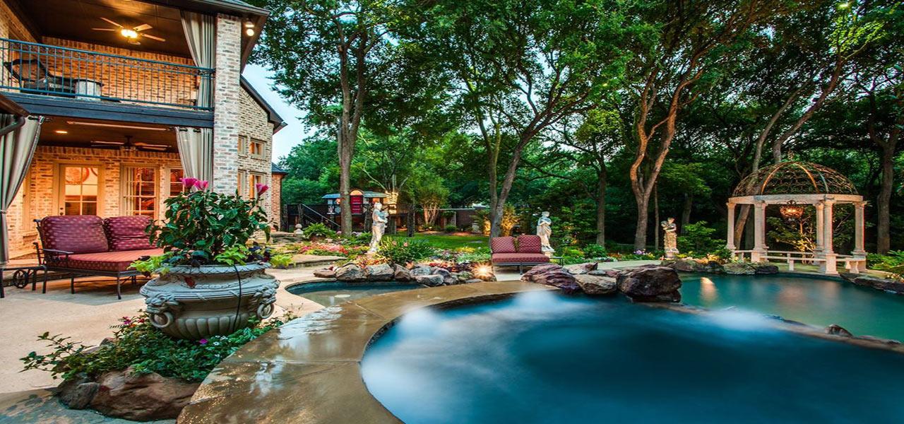 Luxury-Exterior-with-Pool