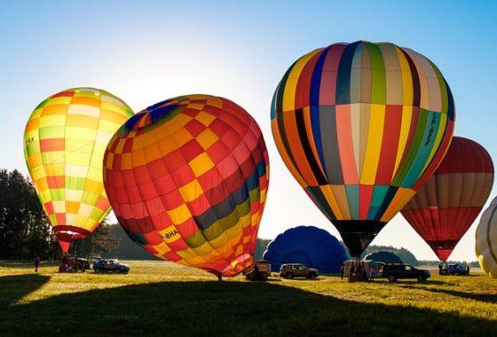 balloons-2347116_640